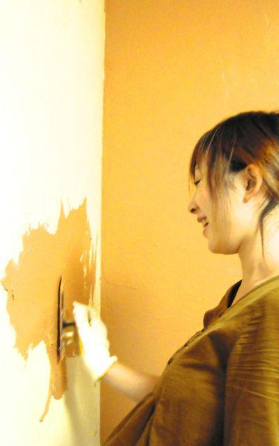 壁塗り(娘) のコピー